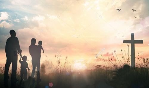 10 Beneficios De Poner a Dios Como El Centro de Nuestras Familias